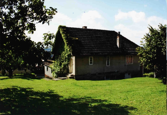 Umbau und Sanierung Zweifamilienhaus - BCH