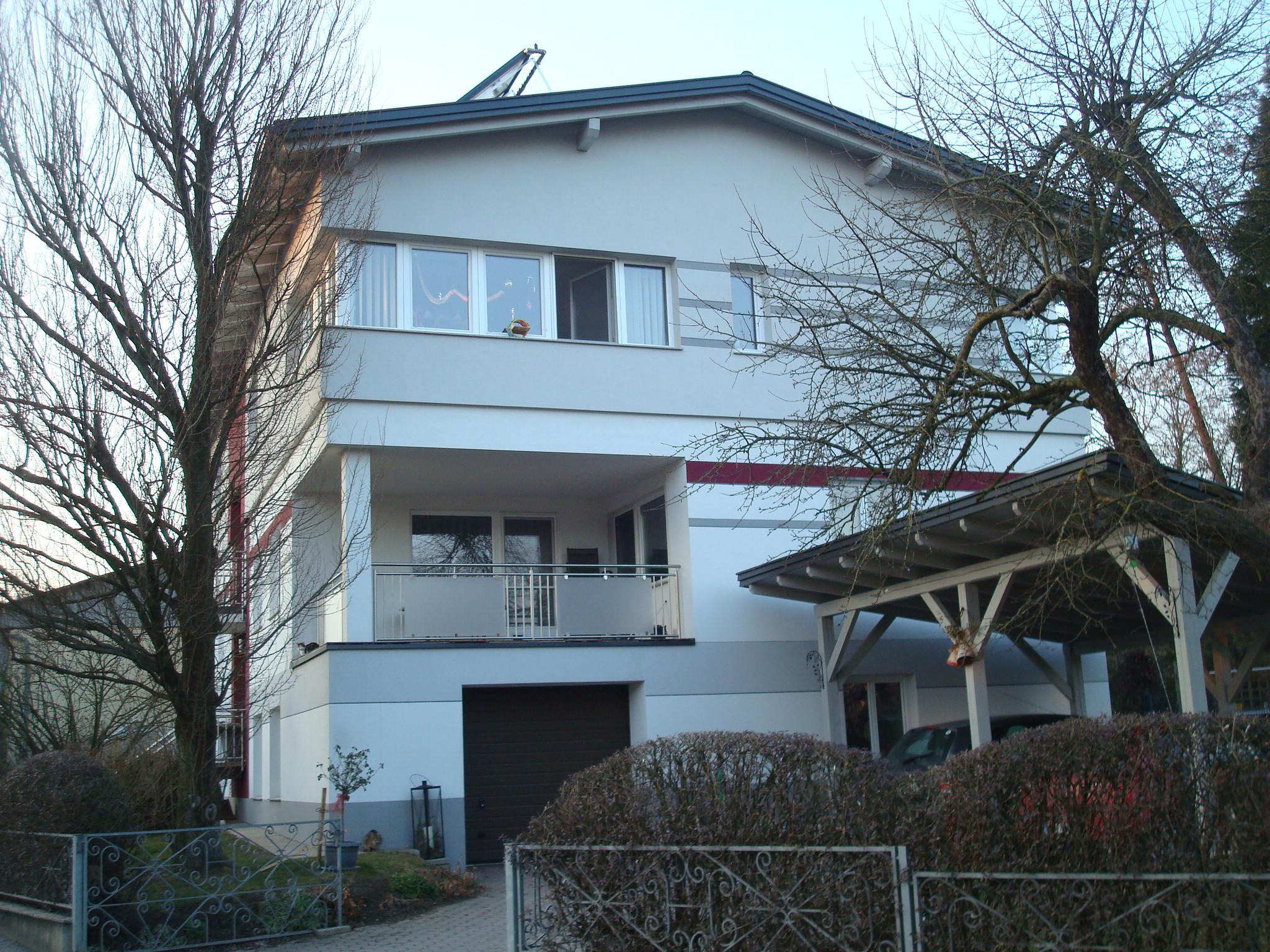 Sanierung Einfamilienhaus und Errichtung einer 2. WEH - MKJ